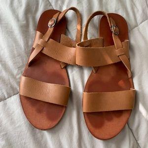 Lucky Brand Camel Leather Strap Sandal Size 9